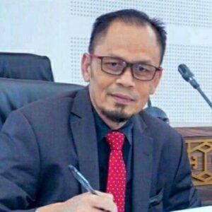 Ketua DPRD Loteng M Tauhid