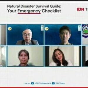 Wagub NTB mengikuti webinar mitigasi bencana