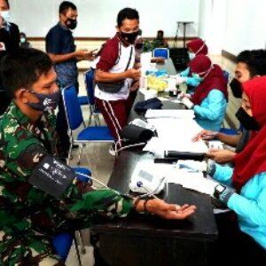 Suasana kegiatan donor darah dalam rangka sambut hari jadi Lombok Timur