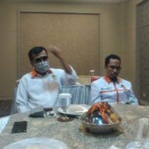 Ketua Umum DPP Partai Berkarya, Muchdi Pr (dua dari kiri) saat menggelar konferensi Pers didampingi Pengurus DPW Berkarya
