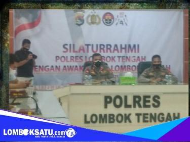 Kapolres Lombok Tengah saat menggelar silaturahmi dengan insan pers terkait kek mandalika