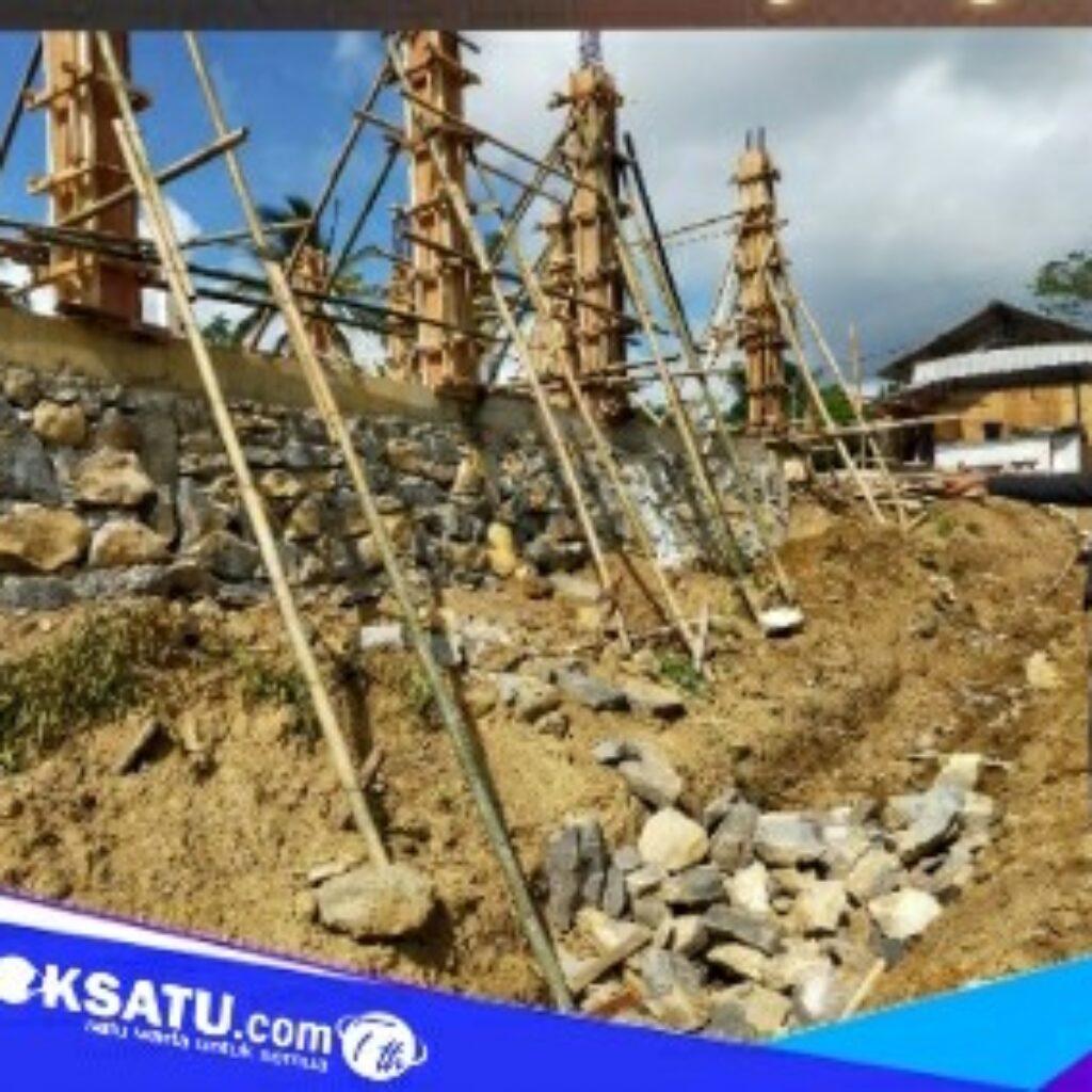 Kondisi proyek pembangunan Puskesmas Batu Jangkih yang diminta untuk dievaluasi