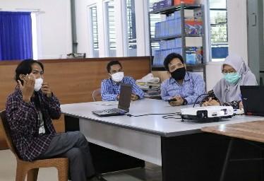 Tim Monev program magang mahasiswa Unham saat di STIPark NTB yang berlokasi di Banyu Mulek. Tim menemukan mahasiswa berhasil kembangkan teknologi